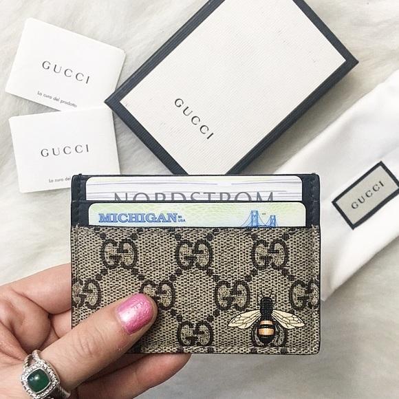 fef8e7d7df5c9a Gucci Bags | Bee Print Gg Supreme Card Case | Poshmark